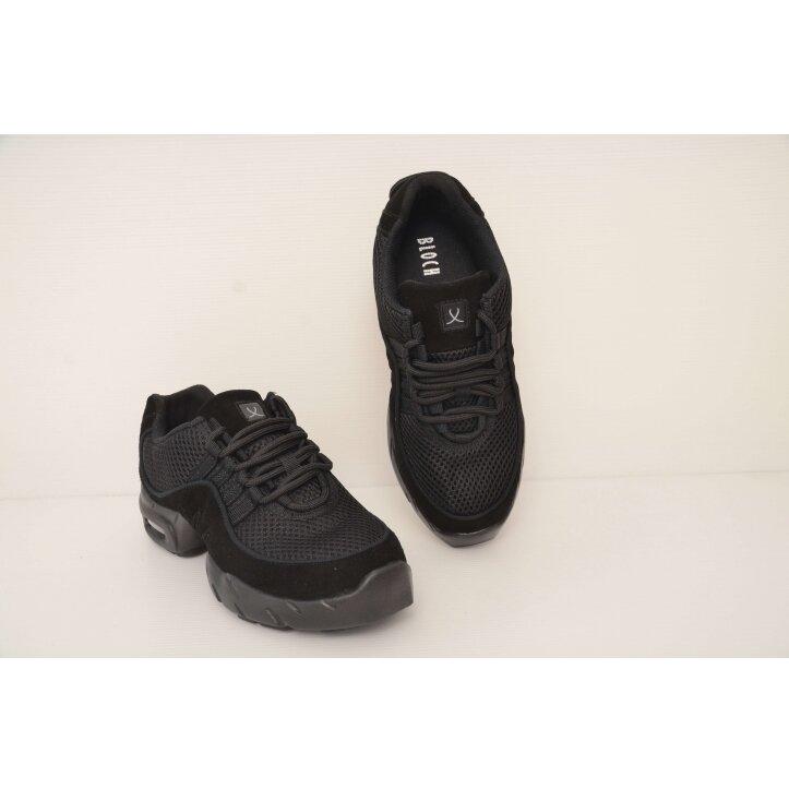 נעלי דאנסניקרס בלוך 8