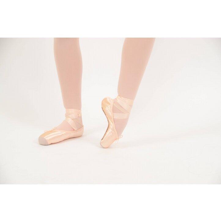 נעלי פוינט בלוך 2