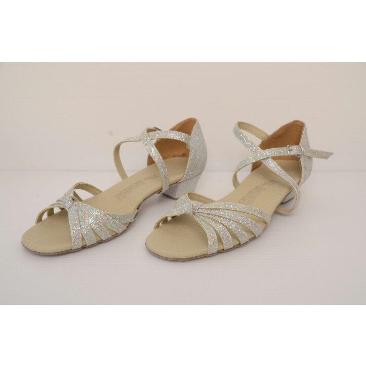נעלי סלונים ילדות כסופות 2