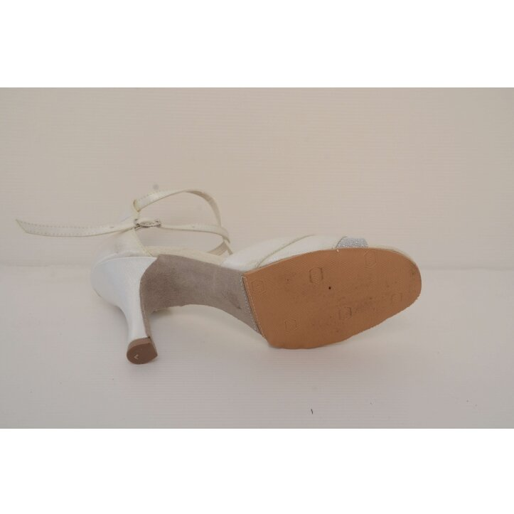 נעלי כלה רצועת איקס צבע קרם 2